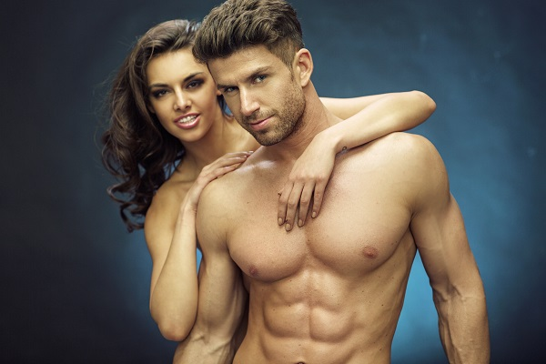 couple homme-femme musclée